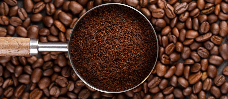 Kaffeepulver gegen Wespen
